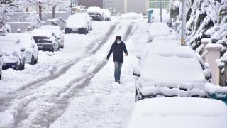 Gaziantep'i beyaza bürüyen kar hayatı olumsuz etkiliyor