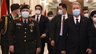 Bakan Akar: Bütün mücadelemiz terör örgütüne ve teröristlere karşı