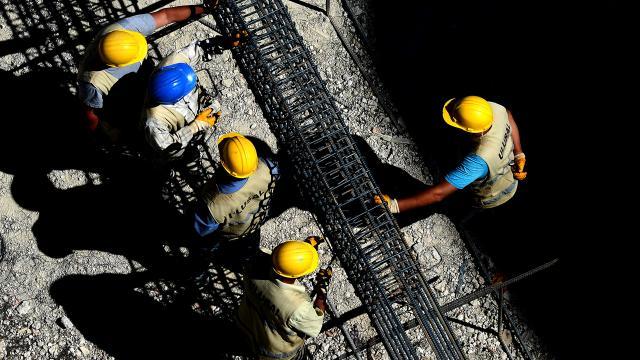 Türk müteahhitleri 128 ülkede 418,7 milyar dolarlık proje üstlendi