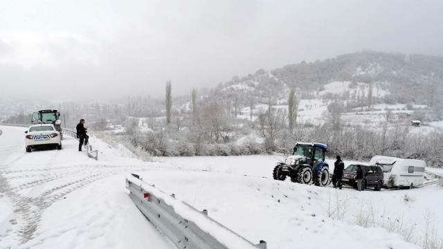 Kastamonu, Tokat, Amasya ve Sinopta kar nedeniyle 489 köy yolu ulaşıma kapandı