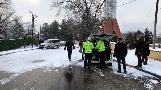 Bartın, Karabük ve Zonguldakta kar etkili oldu.