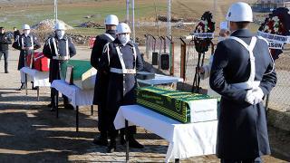 Kars'ta otomobil yolcu otobüsüyle çarpıştı, bir aile yok oldu