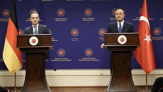 Bakan Çavuşoğlu: AB ile ilişkilerde daha pozitif atmosfer içindeyiz