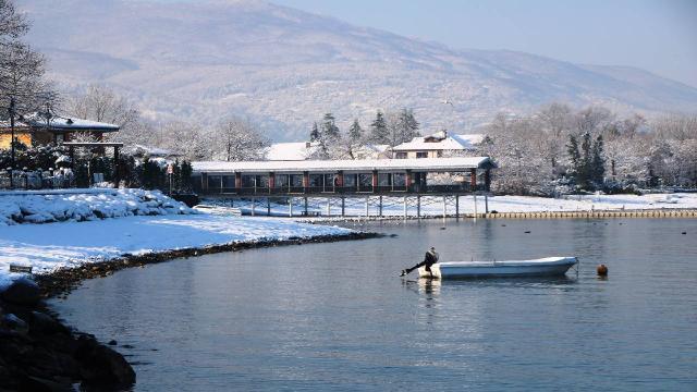 Sakaryadaki kar yağışı Sapanca Gölüne yaradı