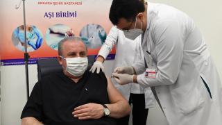 TBMM Başkanı Şentop aşı oldu
