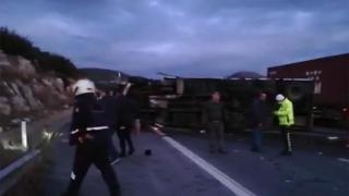 Tarsus'ta trafik kazası: 5 ölü, 2 yaralı