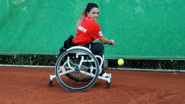 Tekerlekli sandalye tenisinde 3 uluslararası turnuva Antalyada yapılacak