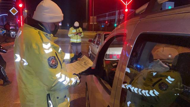 Kurallara uymayan sürücüler trafik denetimlerine takıldı