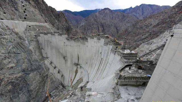 Yusufeli Barajının tamamlanmasına 4 metre kaldı