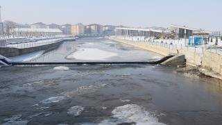 Sıcaklık eksi 28 dereceye düştü, Ağrı buz kesti