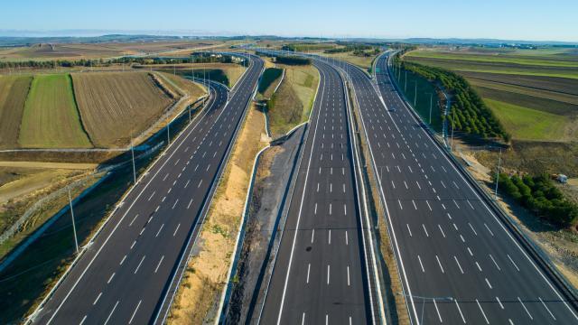 Bölünmüş yollarda trafik kazaları yüzde 70 azaldı