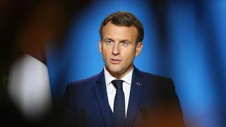 Macron: AB kendisine yetebilecek aşı üretim kapasitesine ulaşmalı