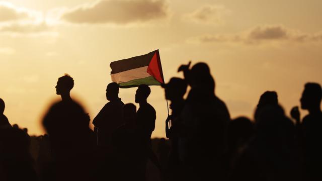 Hamas, İsrailin Şeyh Cerrahtaki ihlallerine karşı direniş çağrısı yaptı