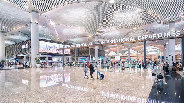 İstanbul Havalimanından 23 Nisan konsepti