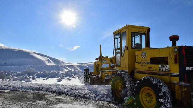 Malatyada tipi nedeniyle 5 yerleşim yerinin yolu ulaşıma kapandı