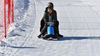 Akdeniz'in kayak merkezi ziyaretçilerini ağırlıyor