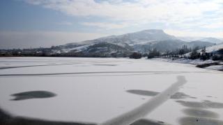 Kızılırmak Nehri kısmen buz tuttu