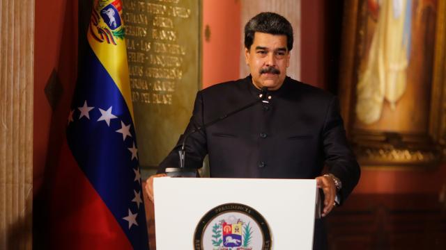 Venezuela Devlet Başkanı Maduroya Sputnik V aşısı yapıldı