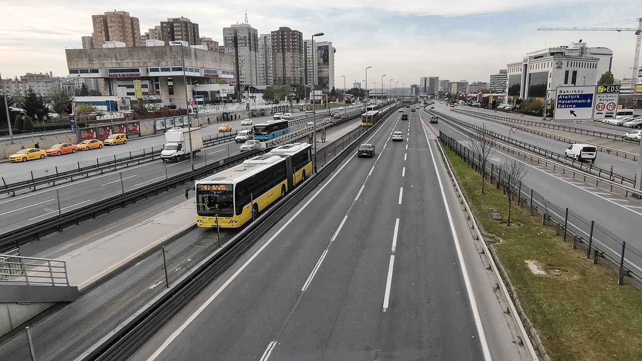 Metrobüse düzenleme: Artık son durak yazılacak