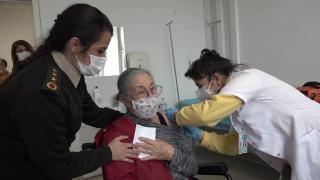 MSB Ankara Özel Bakım Merkezinde 321 kişi aşılandı