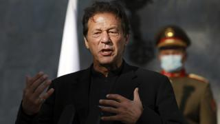 Pakistan Başbakanı Han parlamentodan güvenoyu aldı