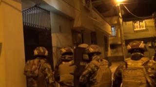 Adana'da zehir tacirlerine operasyon polis kamerasında