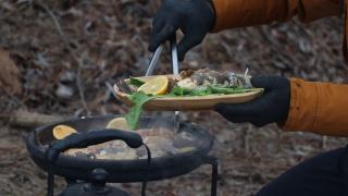 Kentlerini doğada yaptığı yöresel yemeklerle tanıtıyor
