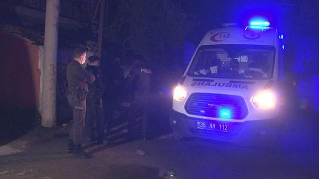 İzmirde karbonmonoksit zehirlenmesi: 2 kişi tedaviye alındı