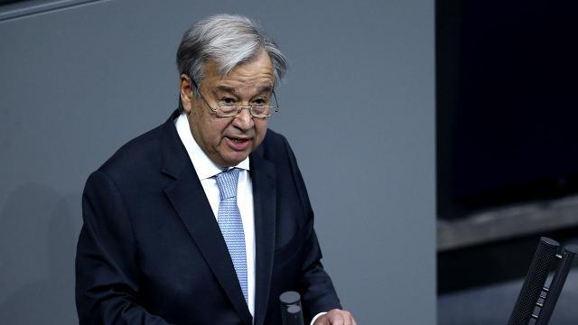 BM Genel Sekreteri Guterres aşı oldu