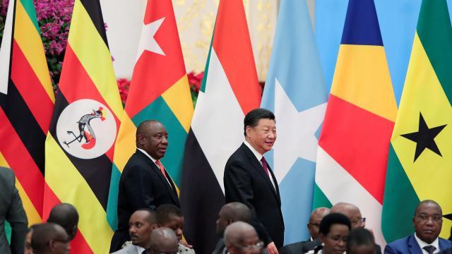 Yükselen kıta Afrikada güç mücadelesi: Çin
