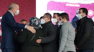 Deprem konutları teslim töreni