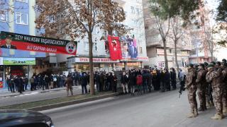 Diyarbakır'da şehit edilen Gaffar Okkan ve polis memurları törenle anıldı