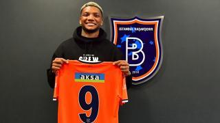 Şilili futbolcu Junior Fernandes Başakşehir'de