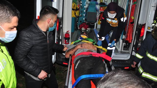 Antalyada kanala düşen kamyonetin sürücüsü yaralandı