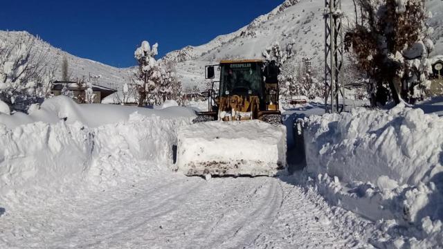 Sivasta 62 köy yolunda ulaşıma kapalı