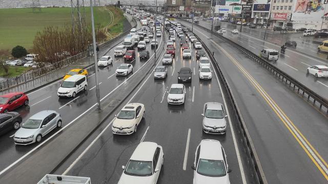 Kara yollarında durum: Yol çalışmaları devam ediyor