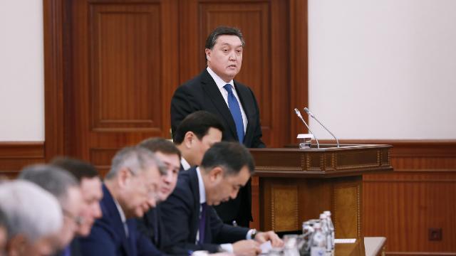 Kazakistan ile Özbekistan birbirine hızlı trenle bağlanacak