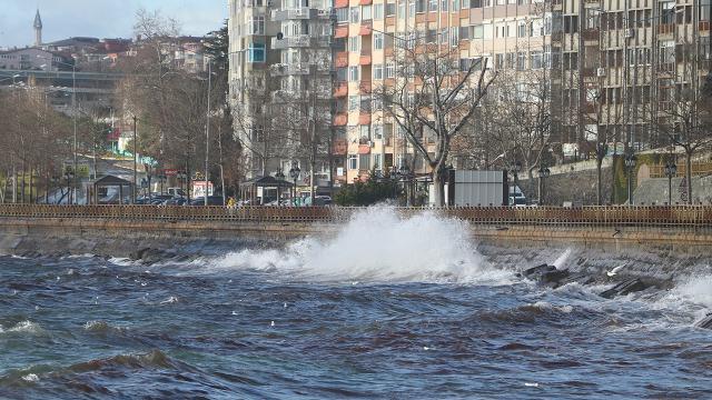 İstanbulda lodos yarın da etkili olacak