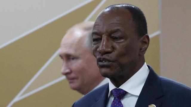 Yükselen kıta Afrikada güç mücadelesi: Rusya