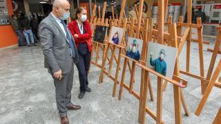 Van'da sağlık çalışanlarının koronavirüsle mücadelesi fotoğraflandı