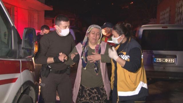 İzmirde sobadan sızan gazdan zehirlenen çift tedavi altına alındı