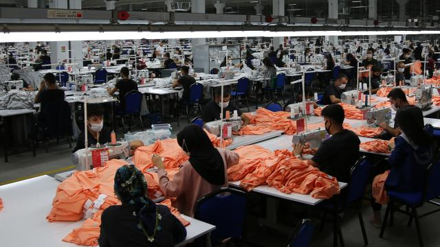 Özbekistandan 637,7 milyon dolarlık tekstil ürünü ihracatı
