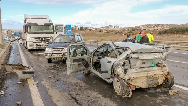 Edirnede zincirleme kaza: 1 kişi hayatını kaybetti