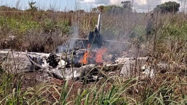 Brezilyada futbolcuları taşıyan uçak düştü: 5 ölü