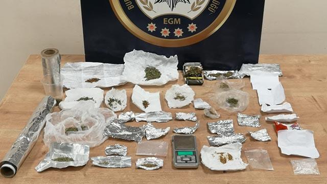 Bursada uyuşturucu satıcılarına operasyon: 10 tutuklama