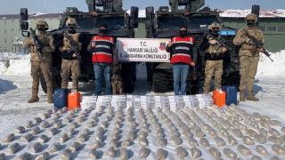 İran'dan Hakkari'ye zehir ticareti: 99 kilo eroin ele geçirildi