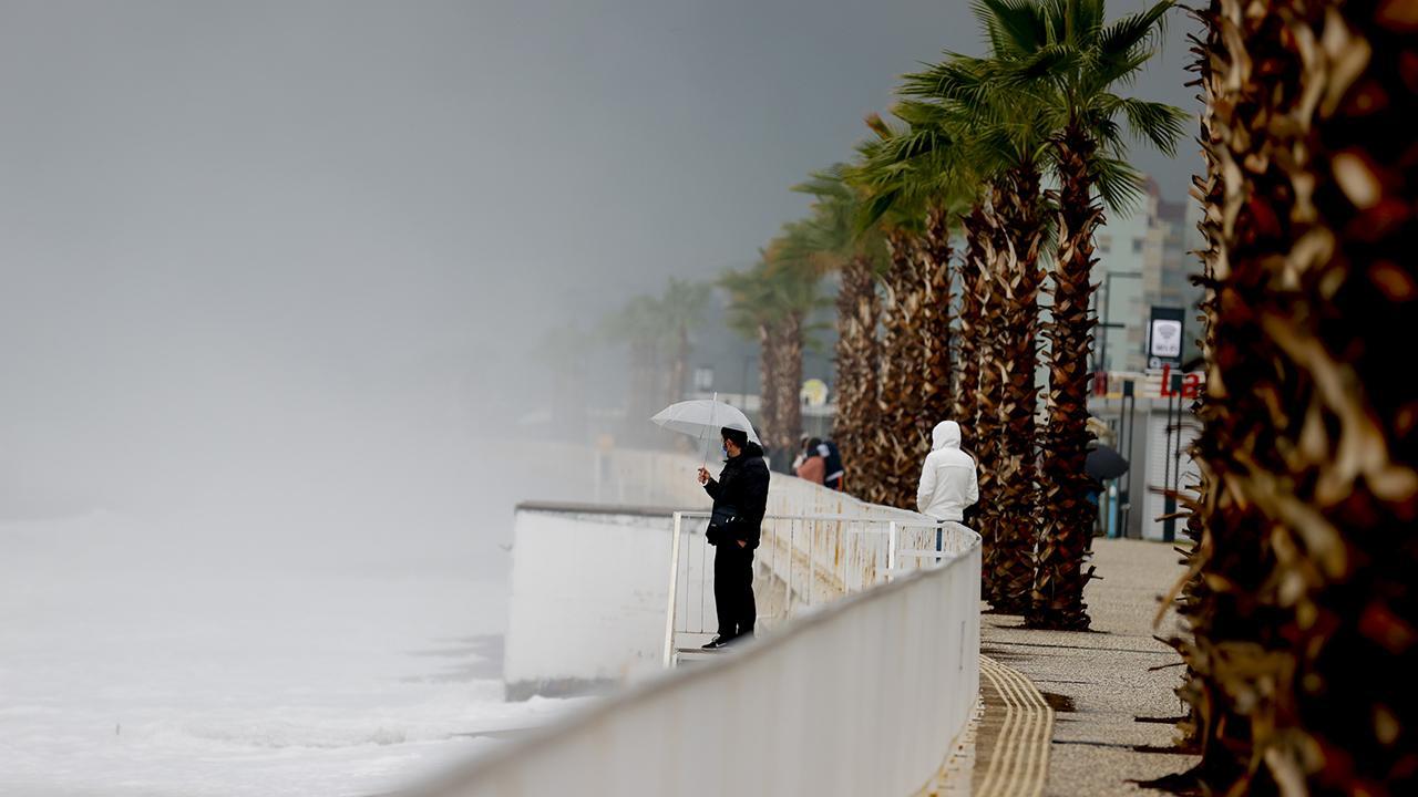 Meteoroloji'den Antalya'ya 'sağanak' uyarısı