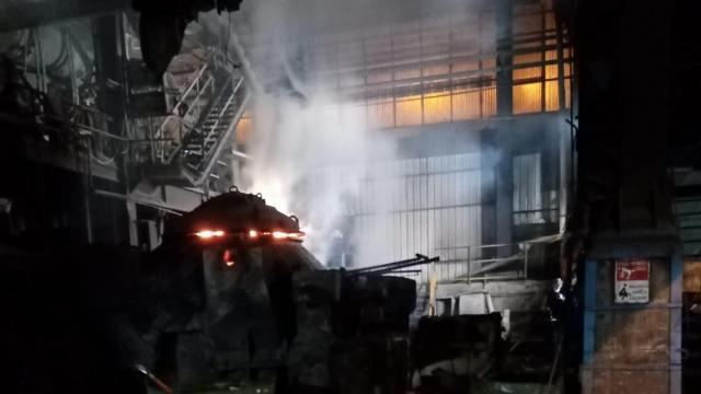 Döküm fabrikasında yangın çıktı