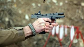 """Yerli tabanca, ABD'de """"Yılın En İyisi"""" seçildi"""