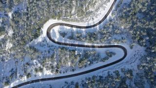 Antalya'nın yaylalarına yağan kar, kartpostallık görüntüler oluşturdu